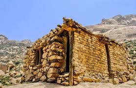 بالصور..«جبل إبراهيم»جمال يعانق السماء ينتظر من يفك رموزه وأسراره
